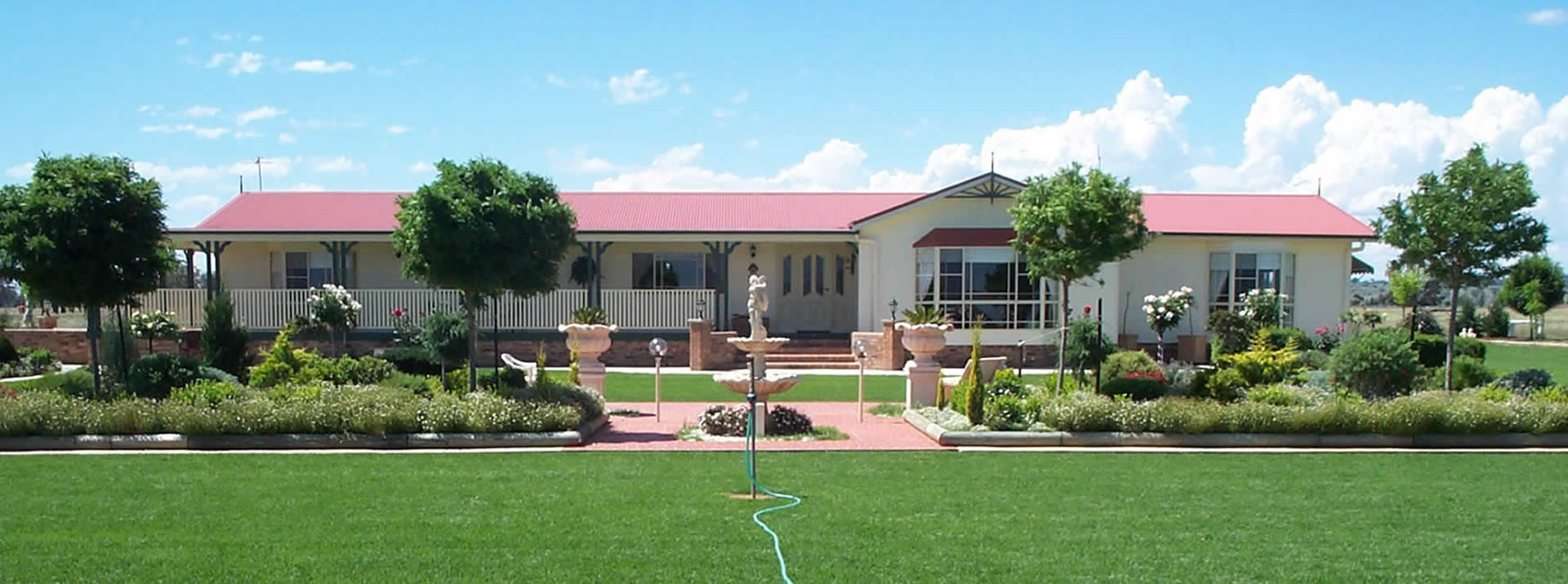 The fascade of a large colonial style transportable home in NSW